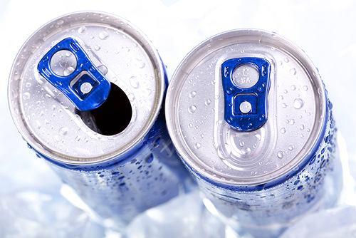 Szkodliwe napoje energetyczne