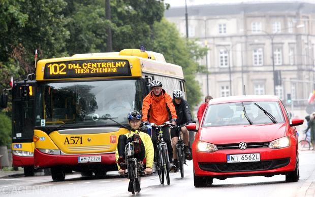 Rowerzysta: Do korzystania z roweru trzeba dorosn�� [LIST]