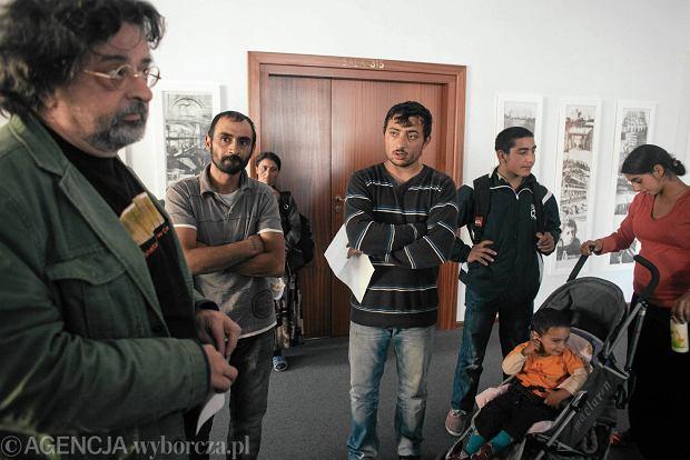 """Wyrzuceni Romowie prosz� Adamowicza o pomoc. """"Te� jeste�my mieszka�cami Gda�ska"""""""