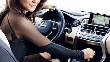 Agnieszka Radwańska i Lexus NX 300h