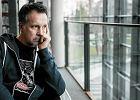 """Poeta Tomasz R�ycki apeluje do polskich w�adz ws. Ukrainy: """"Tam gin� ludzie. Na co czekamy?"""" [WIDEO]"""
