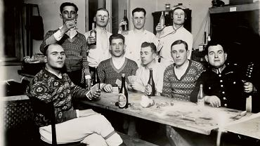 Pijacy piwo