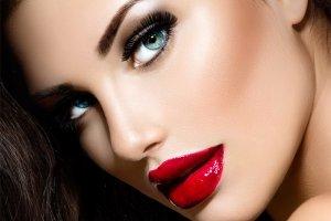 Karnawałowy makijaż Eveline Cosmetics