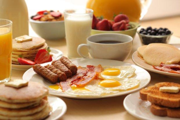 f7d28d03ae946 Dietetyk radzi  jedz śniadanie