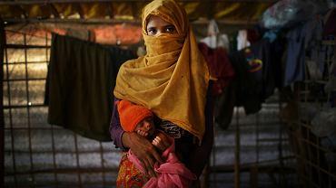 Kobieta z ludu Rohingya w obozie dla uchodźców Kutupalong w Bangladeszu