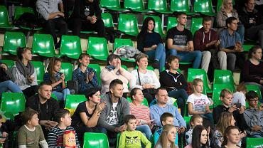 Mecz siatkówki Łuczniczka Bydgoszcz kontra BBTS Bielsko Biała, 26. października w Bydgoszczy. Na sali było ok. tysiąca kibiców. Czekało na nich ponad 6 tys. miejsc