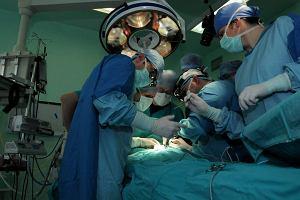 """Szpital zostanie bez chirurg�w: wszyscy z�o�yli wypowiedzenia. """"Nie da si� tak pracowa�"""""""