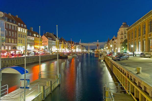 Dania Kopenhaga. Portowy zau�ek Nyhavn