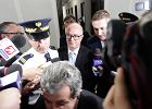 Prokurator Generalny Andrzej Seremet w drodze na sal� posiedze� , podczas informacji o tzw aferze podsluchowej