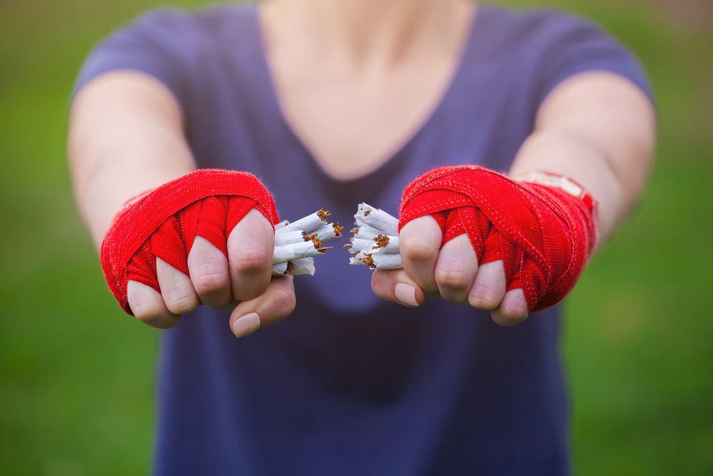 'Rzuciłem papierosy, ale nie nikotynę'