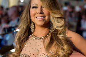 """Mariah Carey opublikowała zapowiedź swego świątecznego filmu. We współpracy z kanałem Hallmark, gwiazda zrealizowała produkcję """"A Christmas Melody""""."""