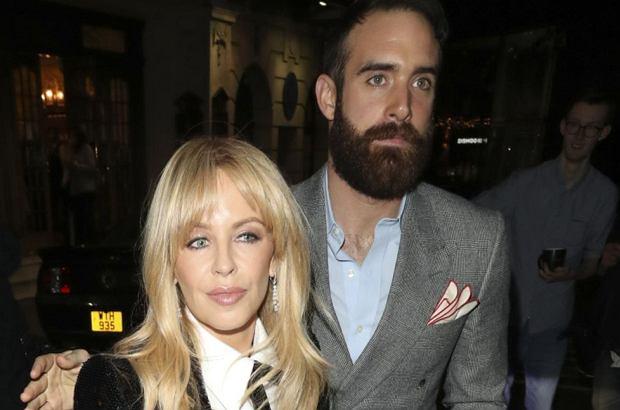 Kylie Minogue po dwóch tygodniach od rozstania z partnerem przerywa milczenie i mówi o przyczynach.