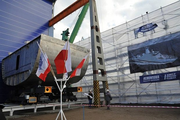 Marynarka inwestuje w okr�ty, a nasze stocznie zarabiaj�