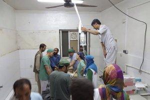 Czarna sobota dla organizacji humanitarnych: w Afganistanie USA ostrzelały szpital Lekarzy bez Granic - 19 zabitych. W rosyjskim ataku w Syrii zginęli członkowie Białych Hełmów
