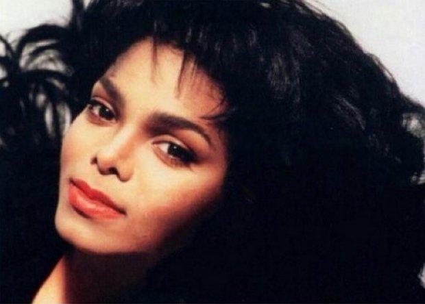 """Janet Jackson opublikowała piosenkę tytułową z nadchodzącej płyty """"Unbreakable""""."""