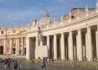 Afera o billboard. Rzymianie protestuj� przeciw reklamie zas�aniaj�cej bazylik� �wi�tego Piotra