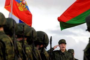 Rosyjskie wojska wkraczają na Białoruś