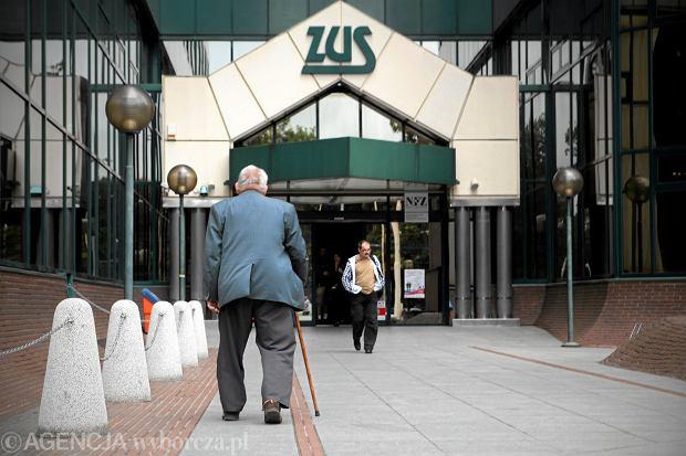 Pięć ważnych zmian w emeryturach w 2017 roku. Obniżony wiek emerytalny, waloryzacja po nowemu