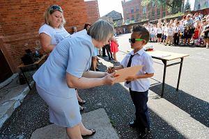 Nauczyciele jak g�rnicy, b�d� dostawa� odprawy