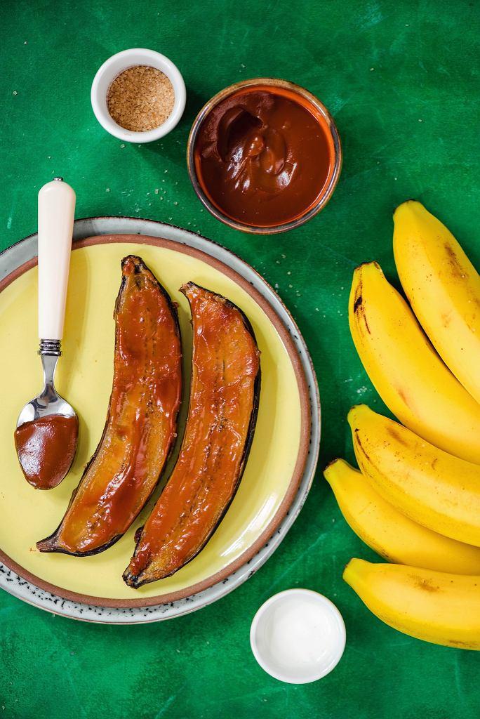 Banany pieczone w sosie karmelowym