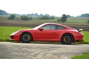 Porsche 911 Carrera 4 GTS - Emocje pod kontrolą