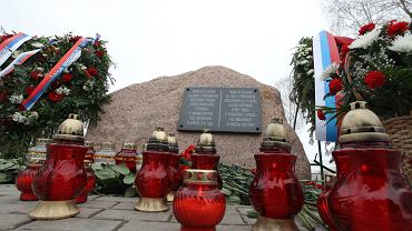 Żandarmeria Wojskowa chodzi po domach rodzin ofiar katastrofy smoleńskiej i informuje o ekshumacjach
