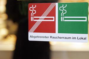 Austriacy będą znów palić w miejscach publicznych?