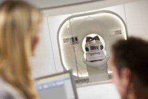 Badanie PET (Pozytonowa emisyjna tomografia komputerowa)