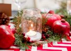 Świąteczne dekoracje: jeden stół w dwóch aranżacjach