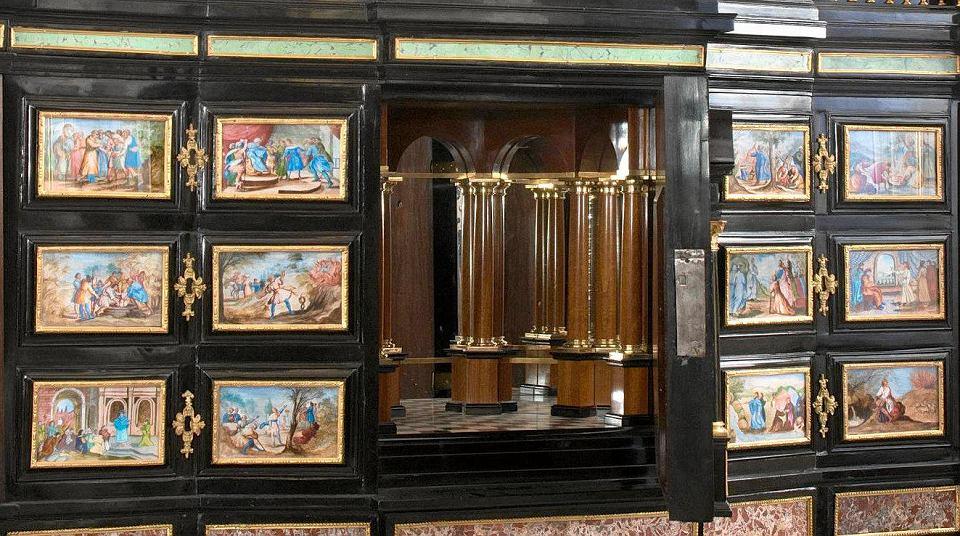 pa�ac w wilanowie zabytkowe meble wr243ci�y do muzeum