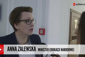 """""""Prosimy samorządowców, żeby z trudnymi decyzjami się jeszcze wstrzymywali"""" Minister edukacji o zamykaniu szkół"""