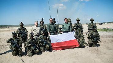Wizyta prezydenta Andrzeja Dudy i szefa MON Mariusza Błaszczaka w Nowej Dębie 30 maja. Odbyły się tam ćwiczenia żołnierzy