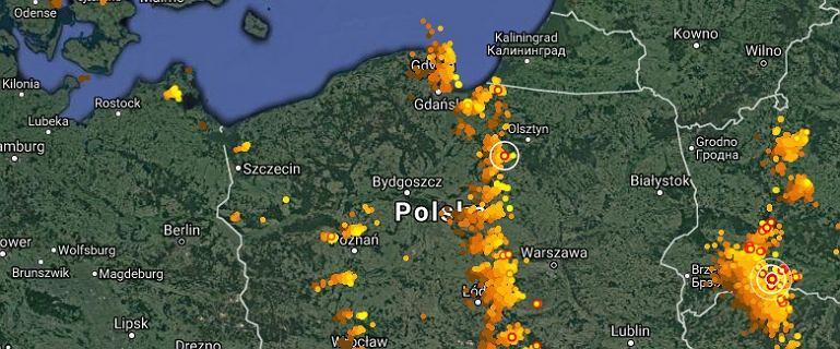 Przez ca�� Polsk� idzie front burzowy. Grzmia�o w Gdyni, nied�ugo burza w Warszawie