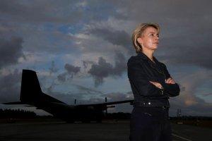 """""""Niemcy mog� zaanga�owa� si� wojskowo w Iraku i na Ukrainie"""". Niemiecka minister o problemach Bundeswehry"""