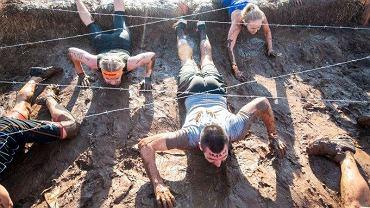 Tough Mudder to odbywające się w kilkunastu miejscach na świecie biegi przełajowe z przeszkodami.
