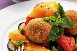 Letni obiad z ch�odnikiem, krokietami i francuskim deserem