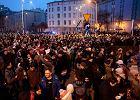 """""""Czarny piątek"""" w całej Polsce. """"Solidarność naszą bronią, fanatycy niech się gonią!"""""""