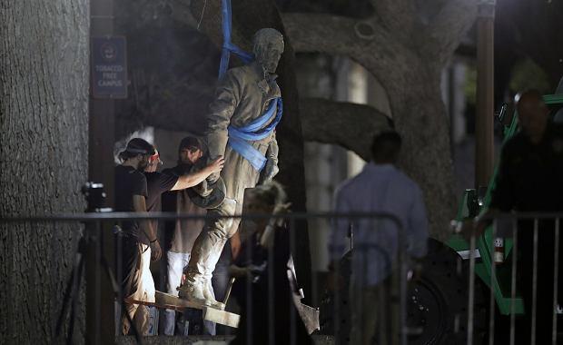 W USA trwa obalanie pomników  żołnierzy Konfederacji