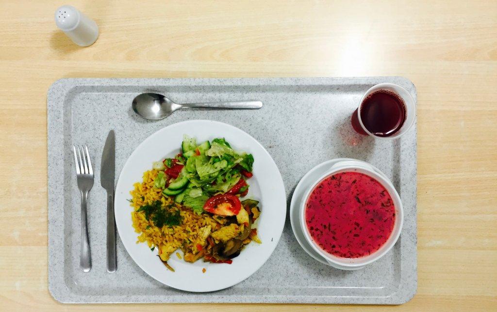 Obiad w bufecie Uniwersytetu Warszawskiego