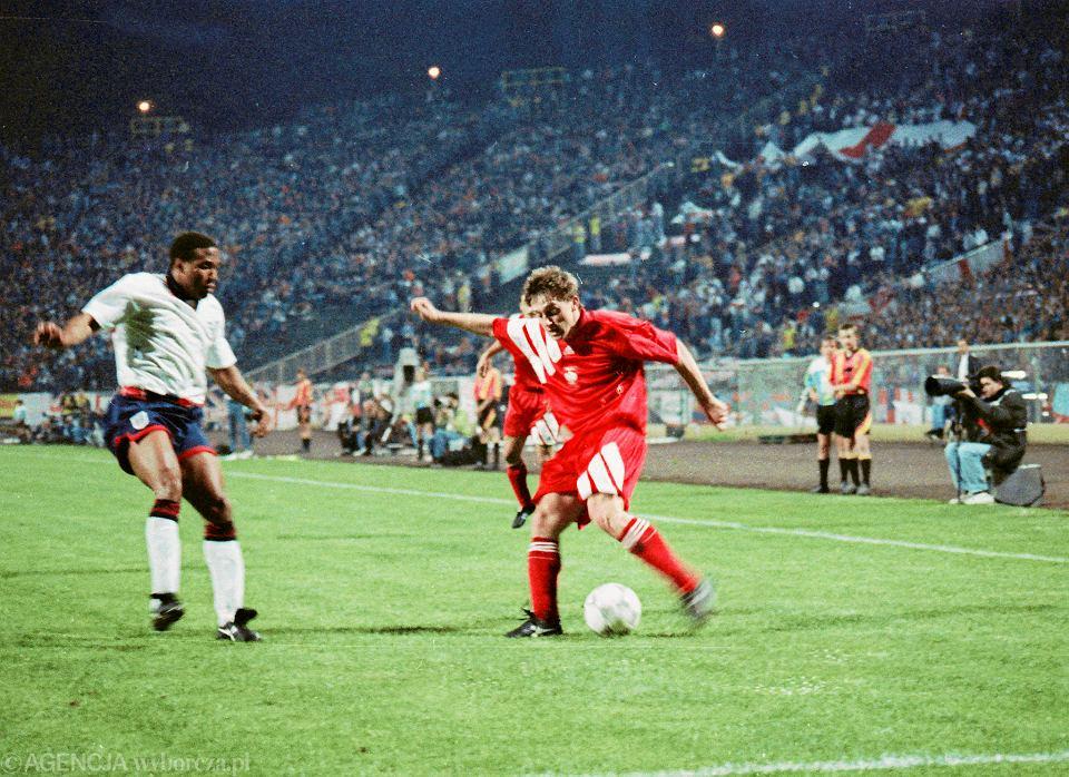 Jerzy Brzęczek w meczu Polska-Anglia w 1993 roku