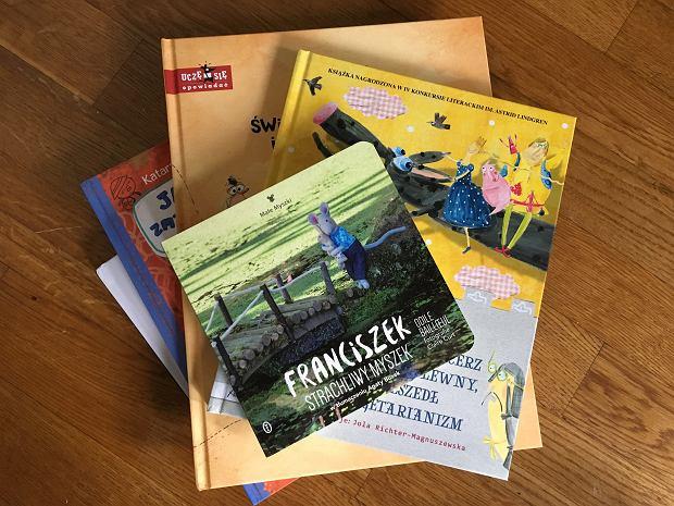 Kolejny miesiąc za nami, kolejne książki, które na długo zostaną z nami.
