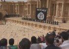 Screen z nagrania przedstawiającego egzekucję w Palmirze
