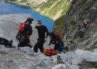 Podczas urlopu uratował turystę w górach. Policjant wyróżniony medalem
