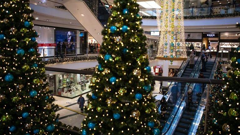 Galeria handlowa przygotowana do świąt
