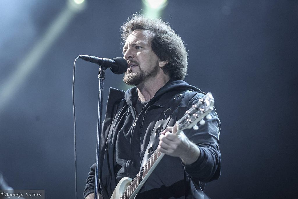 03.07.2014 Gdynia. Zespół Pearl Jam podczas Open'er Festival  / DOMINIK SADOWSKI