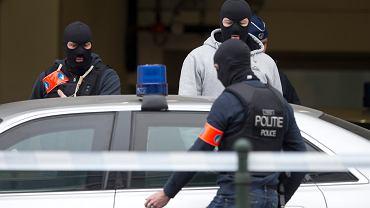 Aresztowania po zamachach w Brukseli pokazują, że belgijsko-francuska siatka Państwa Islamskiego jest bardziej rozbudowana, niż przypuszczały  zachodnie służby