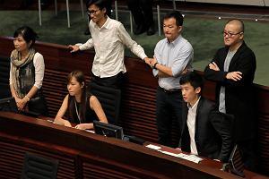 Sfrustrowany Hongkong stawia si� Pekinowi