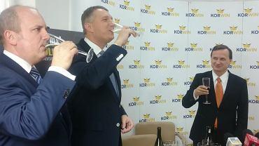 Partia KORWiN opija siedmioprocentowe poparcie w sondażu.