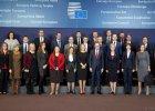 """Donald Tusk i jego nowa dru�yna. Kim s� jego wsp�pracownicy z Polski, Estonii, Francji, Luksemburga? [CYKL """"WYBORCZEJ"""" - CZ. 2]"""