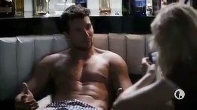 Już w tym miesiącu amerykańska stacja telewizyjna Lifetime wyemituje film biograficzny o Britney Spears i doskonale wie, jak podsycić nim zainteresowanie.